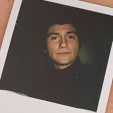 Кориснички профил на Lorenzo