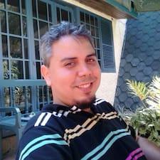Roger Alejandro felhasználói profilja