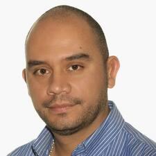 Edwin James felhasználói profilja