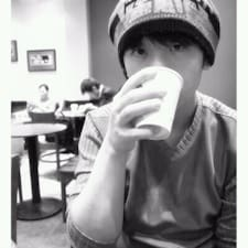 윤종 felhasználói profilja