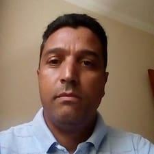 Aroldo User Profile
