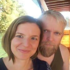 ดูข้อมูลเพิ่มเติมเกี่ยวกับ Tanja & Hákon