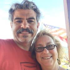 Raul And Susana is een SuperHost.