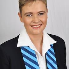 Lynette Brugerprofil