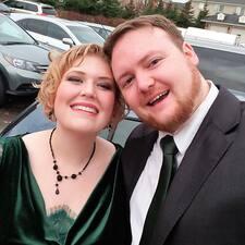 Lisa & Cody User Profile