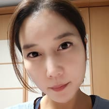 Ji Yeon Brugerprofil