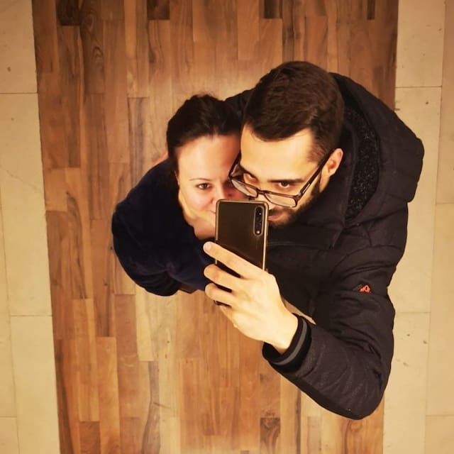 Profil Pengguna Maria & Pedro