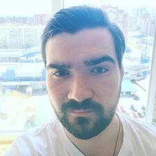 Максим felhasználói profilja