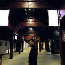 卓绅 felhasználói profilja