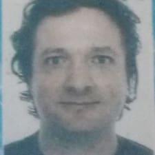 Profil Pengguna Lucio