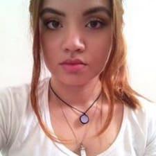 Annie Caroline User Profile