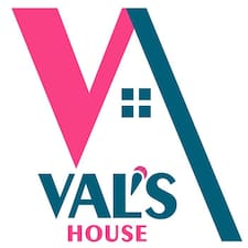 Val-S-House0