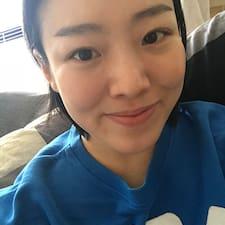 보미 felhasználói profilja