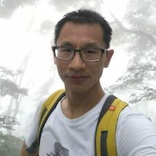 雄伟 felhasználói profilja