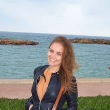Zjisti více o hostiteli Alina Madalina