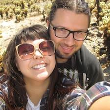 Justin & Camilla felhasználói profilja