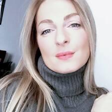 โพรไฟล์ผู้ใช้ Marie- Hélène