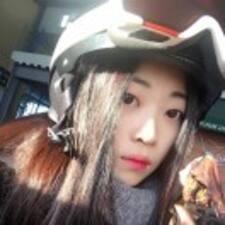 美茜 User Profile
