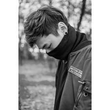 智瀚 User Profile