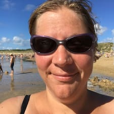 Anne Laure felhasználói profilja