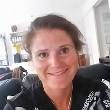 Yael Brugerprofil