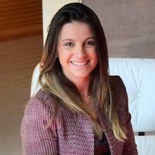 Gebruikersprofiel Ana Luiza