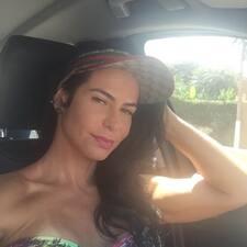 Alessandra Mintz是房东。