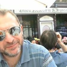 โพรไฟล์ผู้ใช้ Stefano