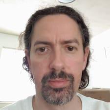 Profil utilisateur de James R.
