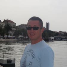 Tomek User Profile