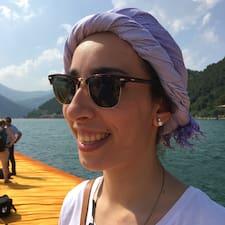 Profilo utente di Giulia Maria