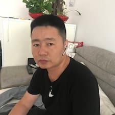 明乾 felhasználói profilja