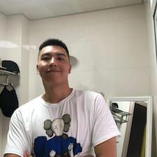 Zhiwei felhasználói profilja