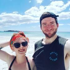 Phoebe & Jarrod Kullanıcı Profili