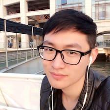 育荣 User Profile