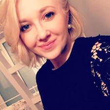 Anniina felhasználói profilja