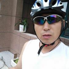 风 User Profile
