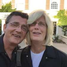 Mary And John님의 사용자 프로필