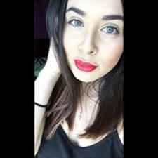 Eryn felhasználói profilja