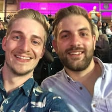 Robbie And Scott Brugerprofil