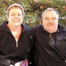 Robert & Mary Jo es un Superanfitrión