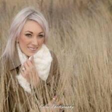 Lee-Ann felhasználói profilja