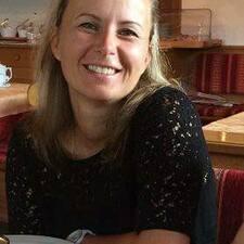 Nutzerprofil von Mónika