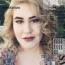 Profil Pengguna Angie