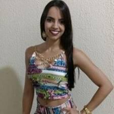 Karolinne User Profile