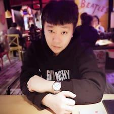 Profil korisnika 秋野