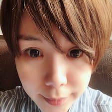 紫希 felhasználói profilja