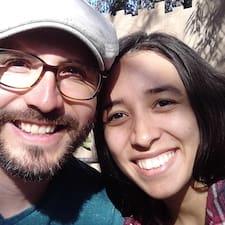 Martin & Daisy felhasználói profilja
