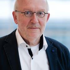Andreas W. User Profile