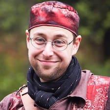 František felhasználói profilja